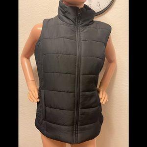 New York and company black puffer vest medium